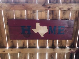 Wooden Home Texas sign for Sale in Midland, TX