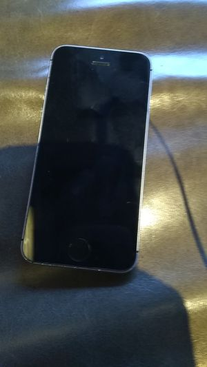 iPhone 6s se by tracphone for Sale in Portland, OR