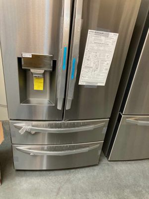 LG FRIDGE 27.8 cu. ft. 4 Door French Door Smart Refrigerator with 2 Freezer Drawers for Sale in Whittier, CA
