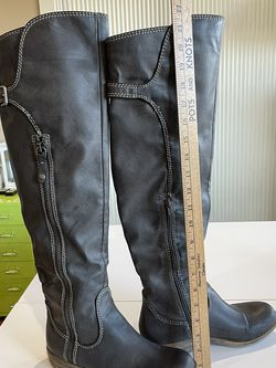 Womens Size 8 Boots for Sale in Star,  ID
