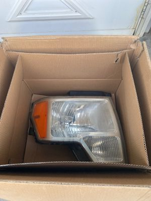 Headlights to a Ford F1-50 2011 O.E.M for Sale in Bluffdale, UT