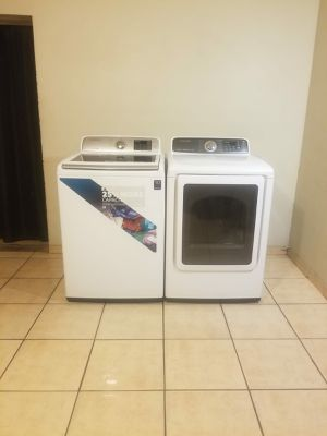 BEAUTIFUL SAMSUNG WASHER AND ELECTRIC DRYER EXCELLENT CONDITION for Sale in Glendale, AZ