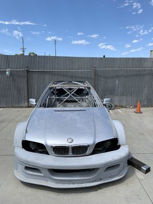 BMW E46 rolling chassis roll cage and M3 GTR WIDEBODY KIT for Sale in Hermosa Beach, CA