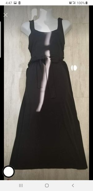 Michael Kors long black dress with side slits like new size large for Sale in Long Beach, CA