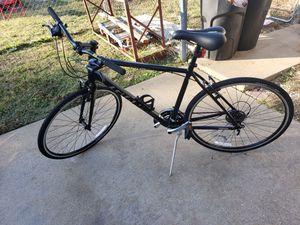 GIANT ESCAPE 3 2018 mens bike for Sale in Joshua, TX