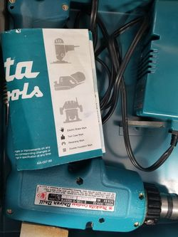Makita Driver Drill. 6093D 9.6V W/Charger. for Sale in Orem,  UT