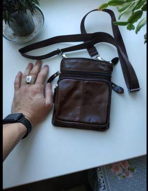 GENUINE LEATHER UNISEX SHOULDER BAG for Sale in New York, NY