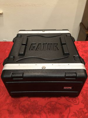Gator GR-4PL-US Powered Rolling Rack Case for Sale in Fresno, CA