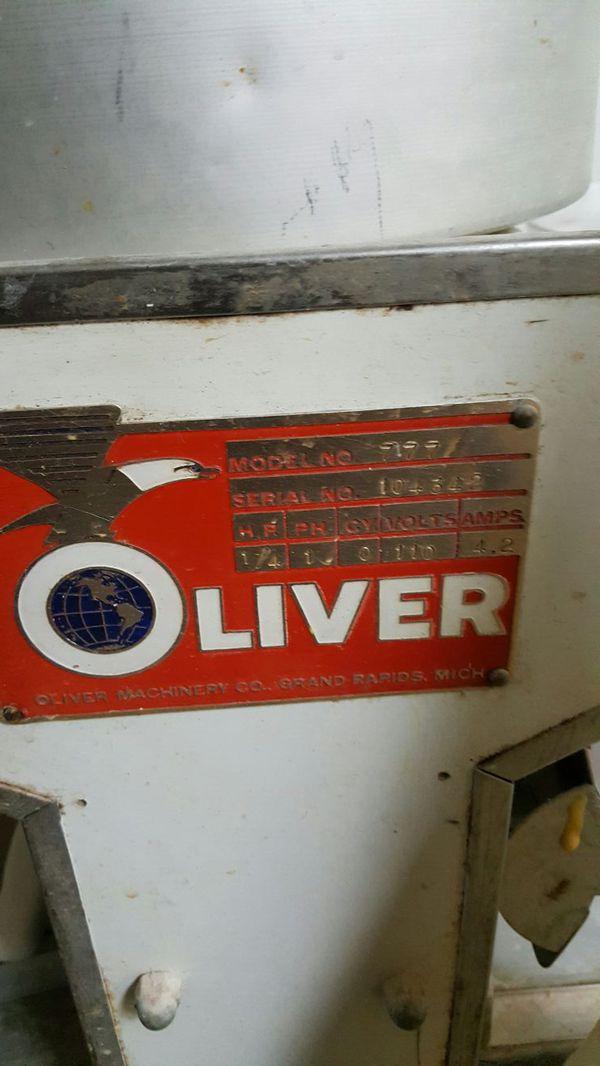 Oliver bread slider...