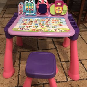 VTech Touch and Learn Activity Desk for Sale in Rancho Cucamonga, CA