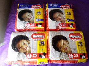 Huggies Sz 5 Diapers for Sale in Charlotte, NC
