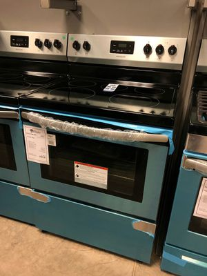 NEW Frigidaire Stainless Steel Electric Glass Top Range!1 Year Manufacturer Warranty for Sale in Chandler, AZ