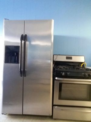 refrigerator frigidaire stove whirlpool bake broil for Sale in Chicago, IL