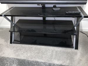 Glass TV STAND for Sale in Tracy, CA