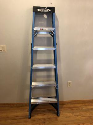 Werner 6-ft Fiberglass 250-lb Type I Step Ladder for Sale in Chicago, IL