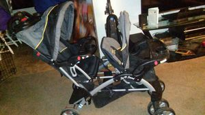 Really Nice Double stroller sit n stand for Sale in Portland, OR