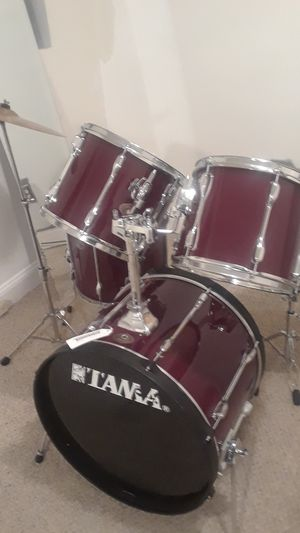Tama 5 piece drum set like new condition for Sale in UPPR MARLBORO, MD