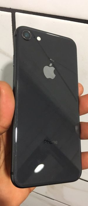 (PRICE IS FIRM) CARRIER UNLOCKED IPHONE 8 64GB for Sale in Washington, DC