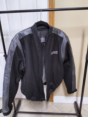 Yamaha Star motorcycle jacket part leather. Heavy/warm new for Sale in Hiram, GA