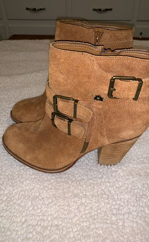 BRAND NEW LEATHER GIANNI BINI BOOTIES - Size 7.5 for Sale in North Chesterfield, VA