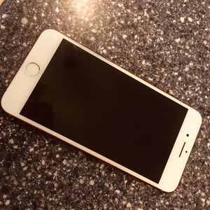 iPhone 7 Plus UNLOCKED 128gb for Sale in GRANT VLKRIA, FL