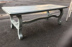 Coffee table for Sale in Doraville, GA
