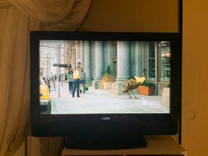 "VIZIO 32"" TV for Sale in Phoenix, AZ"