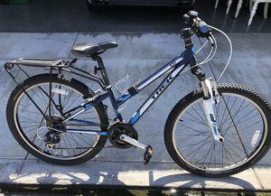 Trek 820 Aluminum Mountain Bike for Sale in Wheat Ridge, CO