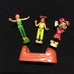 DISNEY POLLY POCKET 4 Pc LOT MINNIE PETER PAN GIRL AND RIDER for Sale in Williamsport,  MD