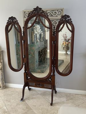"""Outstanding dressing mirror, one of a kind had carved. Gorgeous design, excellent condition H 76"""" for Sale in Laguna Niguel, CA"""