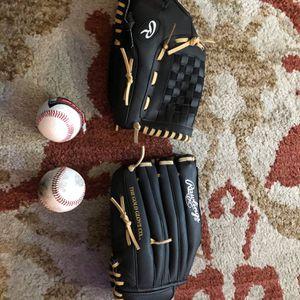 Fielding Gloves Rawlings for Sale in San Jose, CA