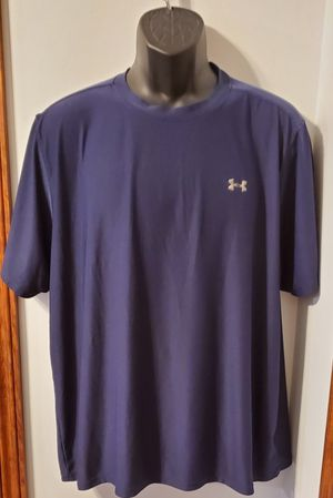 Under Armour Athletic Shirt for Sale in Middletown, MD