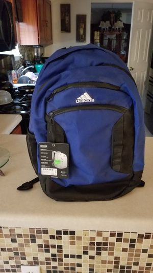 Adidas sport bag for Sale in Snellville, GA
