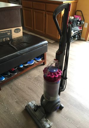 Dyson vacuum for Sale in Puyallup, WA