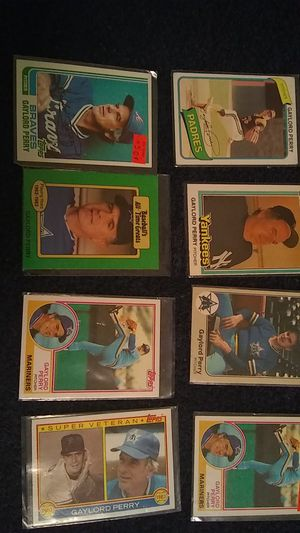 GAYLORD PERRY BASEBALL CARDS for Sale in Cleveland, OH