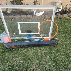 Basketball Hoop for Sale in Des Plaines, IL