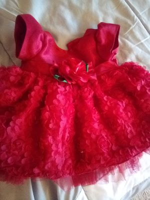 Baby girl new born dress 0-3 months for Sale in Centreville, VA