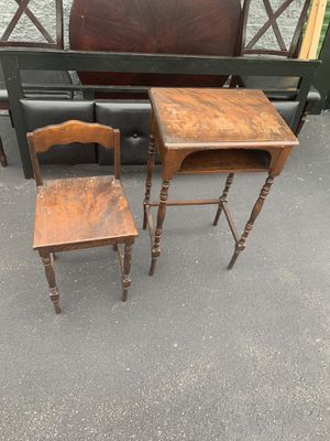 Small desk and chair for Sale in Everett, MA
