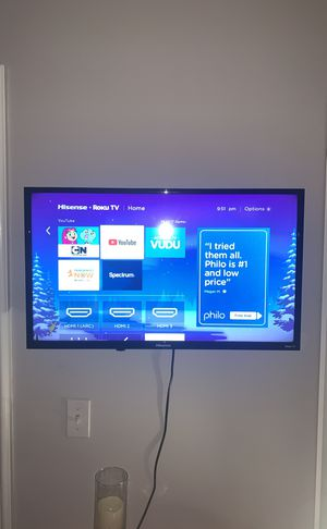 Hisense 32 inch smart tv for Sale in Downey, CA