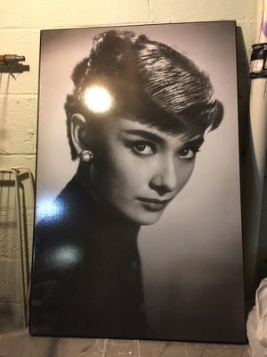 Large Audrey photo for Sale in Cleveland, OH