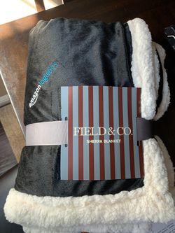 Sherpa blanket for Sale in Corona,  CA