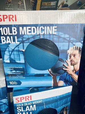 10 lb medicine balls for Sale in Davie, FL