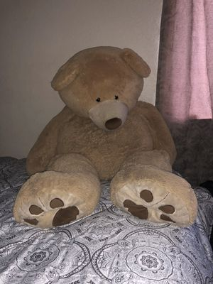 Big teddy bear for Sale in Rialto, CA