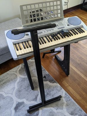 Yamaha PSR-275 piano + two stands. for Sale in Pittsburgh, PA
