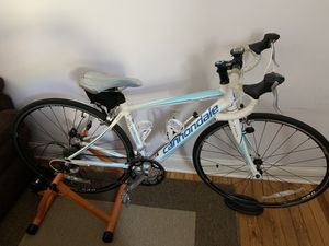Road bike- Cannondale Synapse- small frame for Sale in Union City, NJ