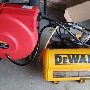 Dewalt 120 Volt Air Compressor for Sale in Buckley, WA