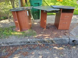 Free desk! for Sale in Gresham, OR