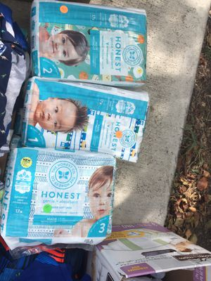 Honest diapers size 1,2 and 3 for Sale in Hutto, TX