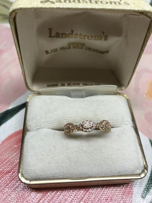 18K Gold Plated Simulated Diamonds Cute Engagement Ring 💍Sz7 for Sale in Wood Dale, IL