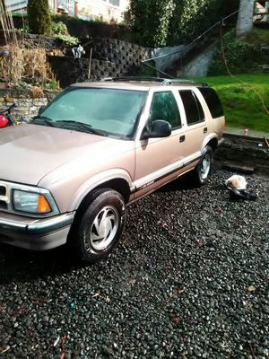 96 Chevy Blazer clean leather interior hundred 46k needs motor work runs and drives for Sale in Port Orchard, WA